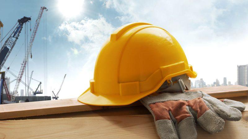 Abbigliamento da lavoro: cos'è e perché si deve indossare